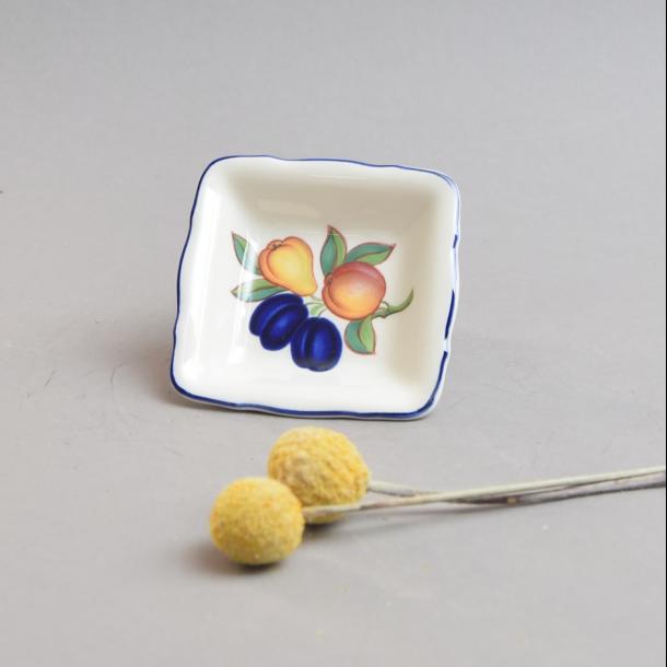 Asiet, firkant. 7,5 cm. Gylden Sommer fra Royal Copenhagen.