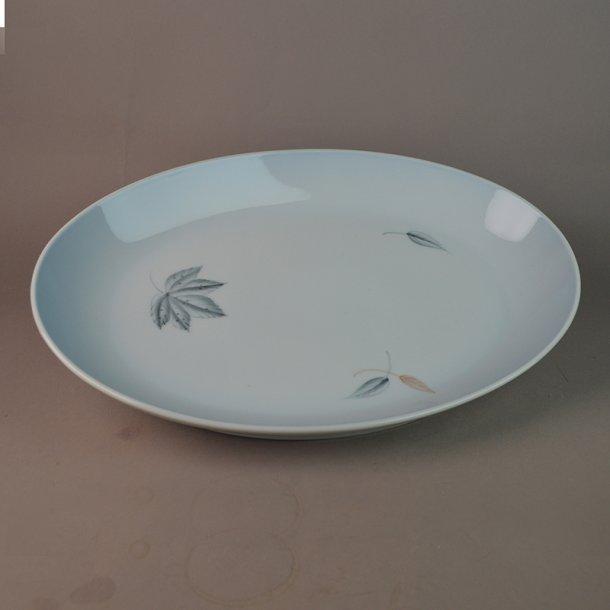 Fad, ovalt. nr. 16. 33 cm. Løvfald. Bing & Grøndahl.