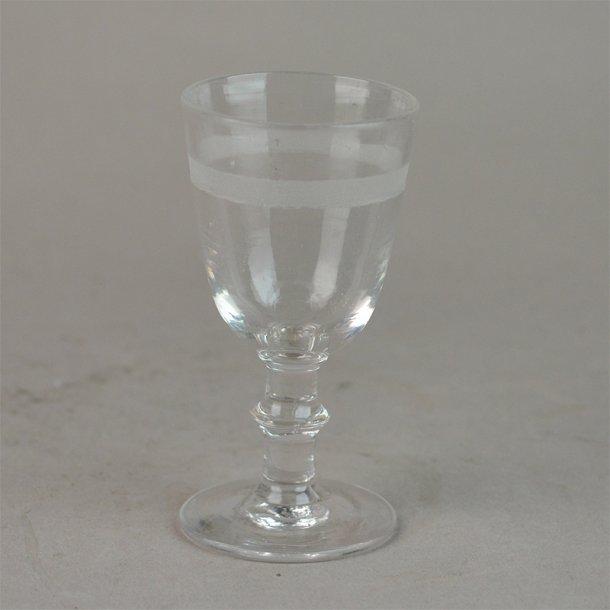 Berlinois glas med slibning. Portvin. 10 cm. Alle danske fabrikker.