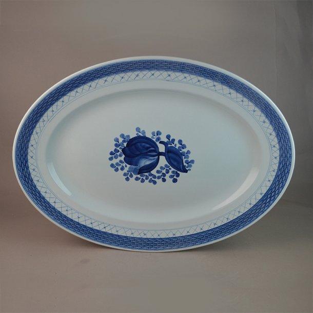 Fad, ovalt. nr. 929. 38 cm. Blå Tranquebar.