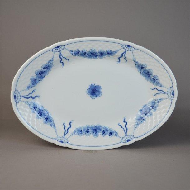 Fad, ovalt. nr. 18. 24 cm. Empire. Bing & Grøndahl.
