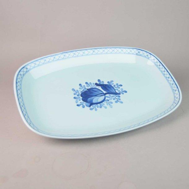 Fad, ovalt. nr. 2848. 37 cm. Blå Tranquebar.