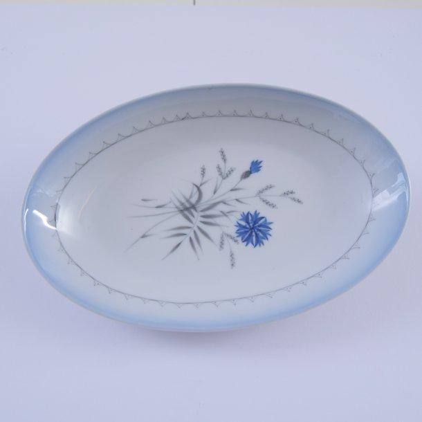 Fad, ovalt. nr. 18. 24 cm. Demeter, blå. Bing & Grøndahl.