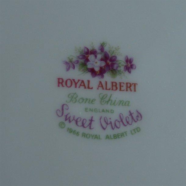 Kagetalleken. 16 cm. Markviol fra Royal Albert.