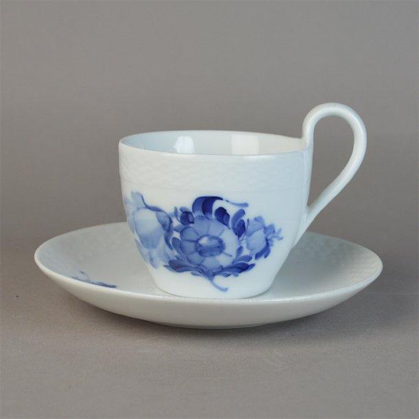 Kaffekop med høj hank. nr. 8193. 10 cl. Blå Blomst, flettet.