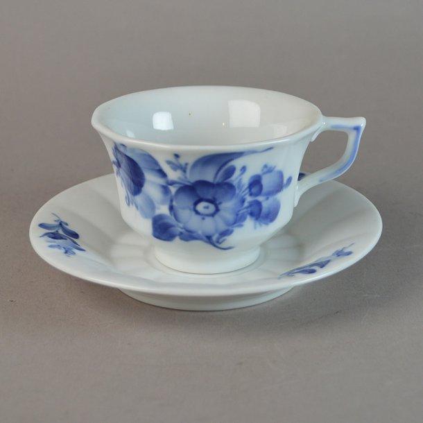 Kaffekop. nr. 8608. 15 cl. Blå Blomst, kantet.