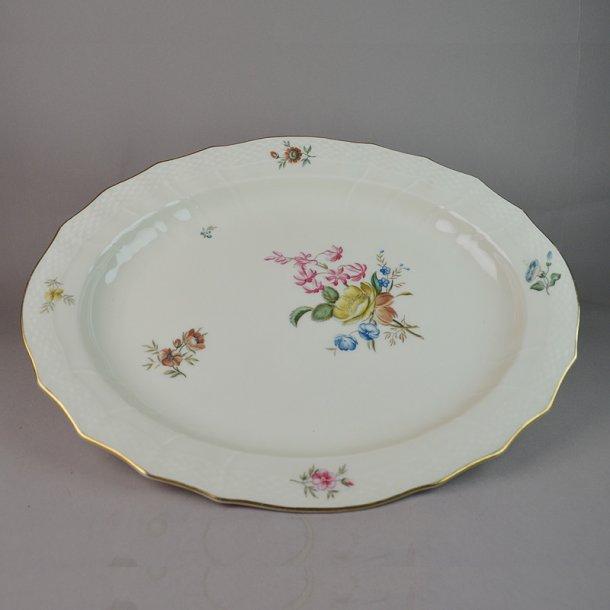 Fad. ovalt. nr. 1556. 36 cm. Frijsenborg. Royal Copenhagen.