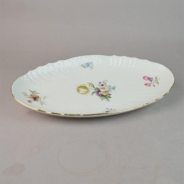 Asiet, oval. nr. 1689. 24 cm. Frijsenborg. Royal Copnhagen.