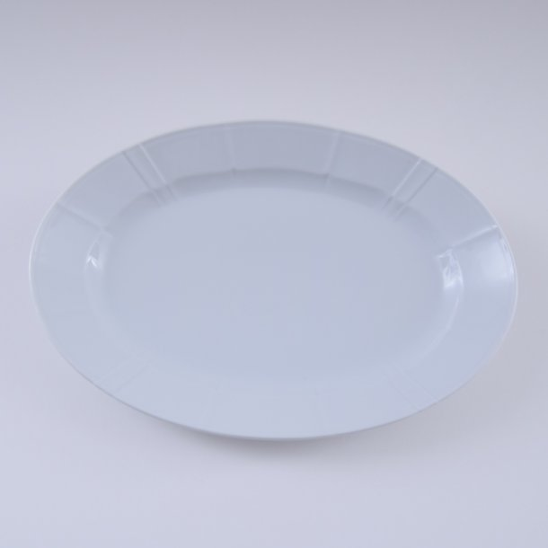 Fad, ovalt. nr. 15. 40 cm. Offenbach. Bing & Grøndahl.