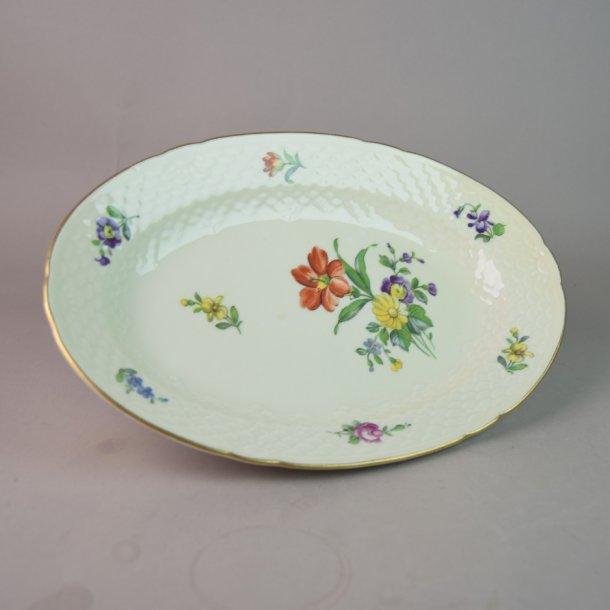 Fad, oval. nr. 18. 24 cm. Saksisk Blomst Creme.
