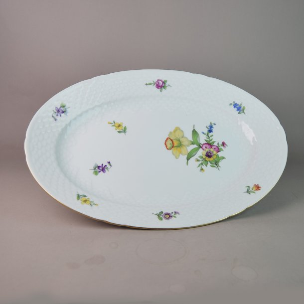 Fad, oval. nr. 16. 33 cm. Saksisk Blomst, hvid.