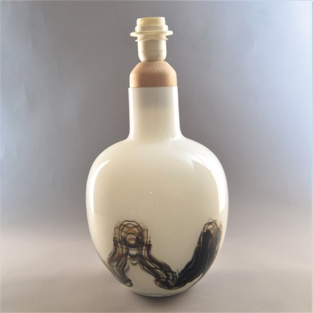 Bordlampe i glas. 38 cm. Holmegaard.