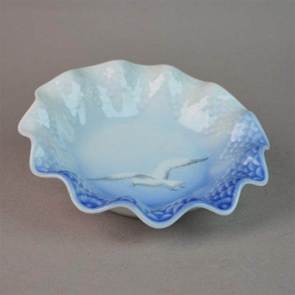 Asiet, bølgekant. nr. 40B. 14,5 cm. Mågestel uden guld.
