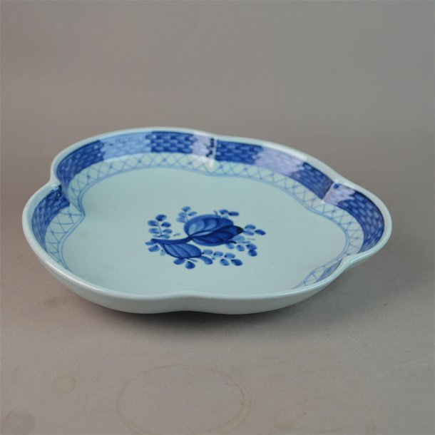 Asiet, blad. nr. 924. 20 cm. Blå Tranquebar.