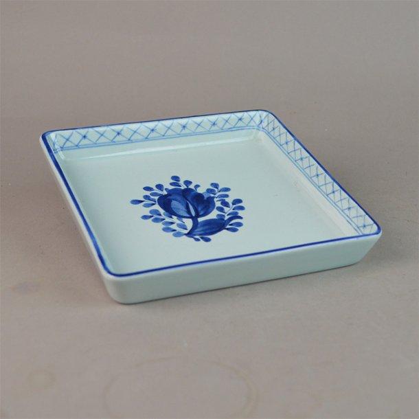 Asiet, kvadratisk. nr. 1791. 13,5 cm. Blå Tranquebar.