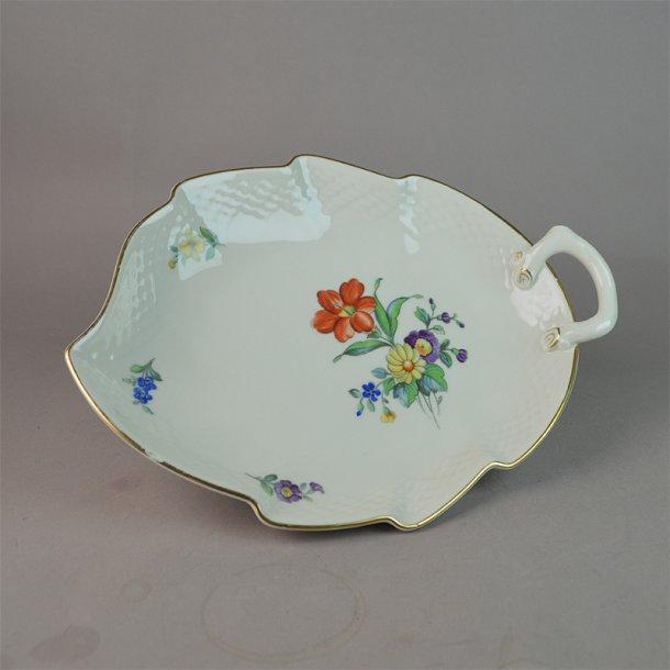 Asiet, blad. nr. 199. 25 cm. Saksisk Blomst Creme.