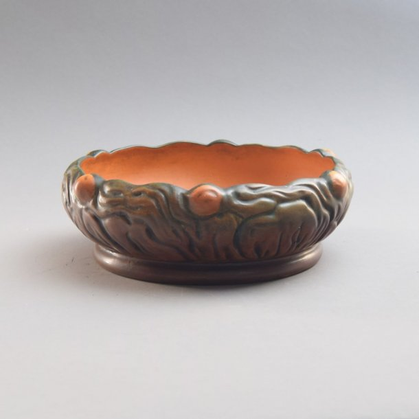 Art nouveau skål. nr. 608. Ipsen Keramik.